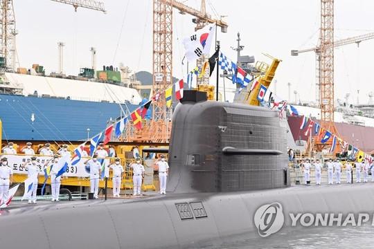 Hàn Quốc phóng thành công tên lửa đạn đạo từ tàu ngầm