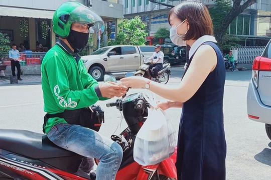 Hà Nội: Đề xuất dịch vụ giao hàng hoạt động trở lại, cần bảo đảm điều kiện gì?