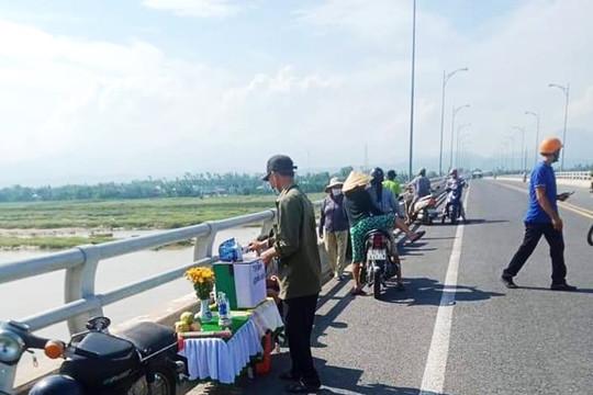 Quảng Nam: Tìm kiếm nam thanh niên nhảy cầu Giao Thủy mất tích