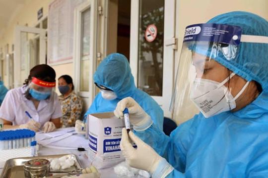 Hà Nội: Thêm 15 ca mắc COVID-19, phát hiện chùm 6 ca bệnh mới tại Long Biên
