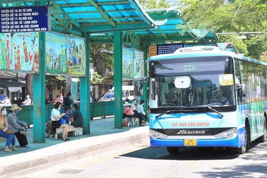 """Hà Nội dự kiến áp dụng """"thẻ xanh, thẻ vàng Covid"""" khi đi xe buýt"""