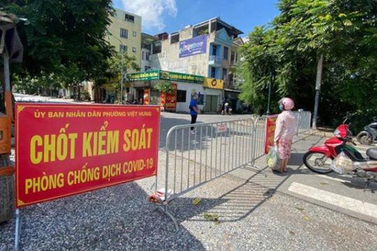 Bé trai 1 tuổi mắc Covid-19, liên quan ổ dịch tại phường Việt Hưng