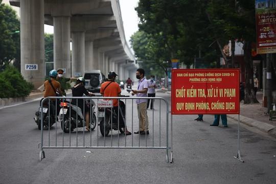 Hà Nội dự kiến bỏ phân vùng, không kiểm soát giấy đi đường từ 6h ngày 21/9
