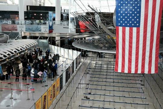 Tin vắn thế giới ngày 21/9: Mỹ dỡ hạn chế với khách đã tiêm chủng từ Anh, EU
