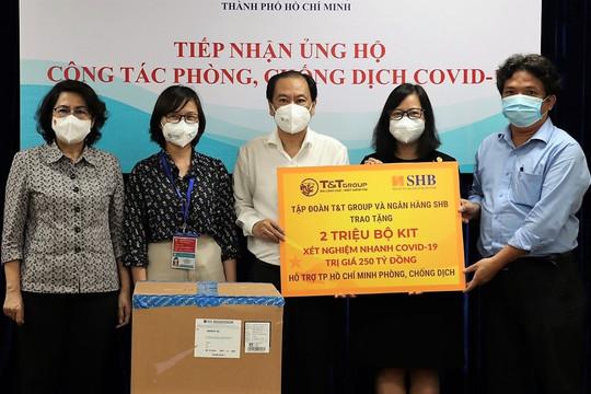 T&T Group và SHB trao tặng TP.HCM 2 triệu bộ kit xét nghiệm COVID-19 trị giá 250 tỷ đồng