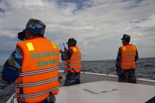 Tàu hàng đâm chìm tàu cá, 2 ngư dân mất tích
