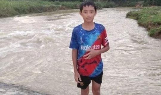 Nam sinh lớp 7  liều mình cứu bé gái đuối nước