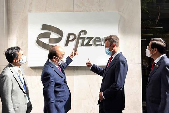 Pfizer cam kết cung cấp đủ 51 triệu liều vaccine cho người lớn và trẻ em Việt Nam
