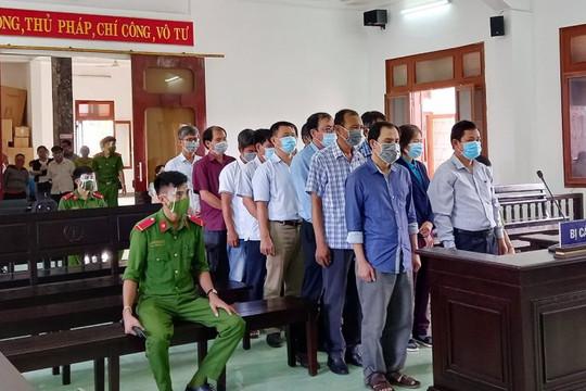 Tuyên án với 18 bị cáo trong vụ án lộ đề thi công chức ở Phú Yên