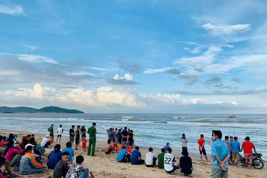 Nghệ An: Người đàn ông mất tích khi đi vớt ngao ở biển