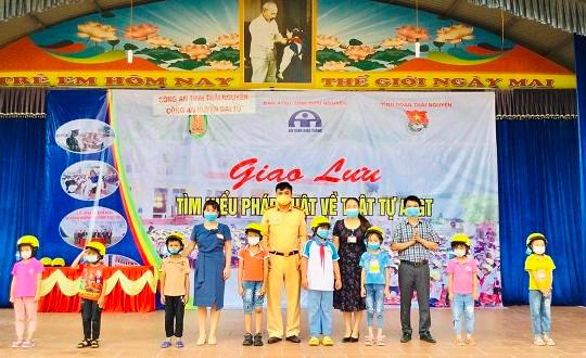 Thái Nguyên: Tuyên truyền ATGT cho học sinh các trường học trên địa bàn huyện Đại Từ