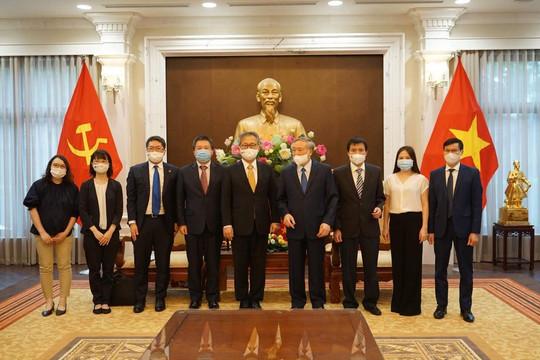 Chánh án TANDTC Nguyễn Hòa Bình tiếp Đại sứ đặc mệnh toàn quyền Nhật Bản tại Việt Nam