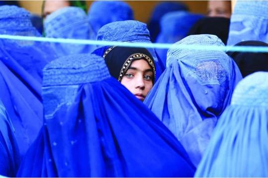 Tin vắn thế giới ngày 29/9: Taliban sẽ tạm thời áp dụng hiến pháp quân chủ, trao quyền cho phụ nữ