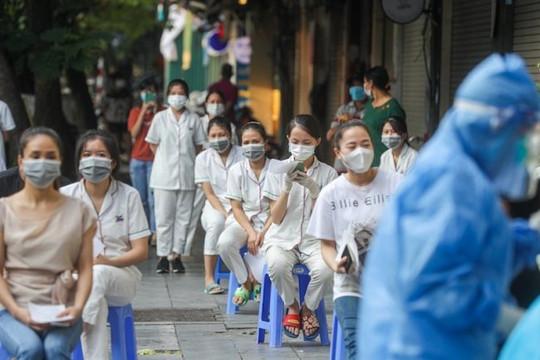 Phát hiện 1 ca mắc Covid-19, Bệnh viện Việt Đức xét nghiệm 1.400 người