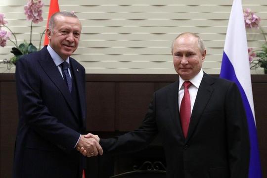 Tổng thống Putin khuyên Tổng thống Thổ Nhĩ Kỳ tiêm liều tăng cường bằng vaccine Sputnik V