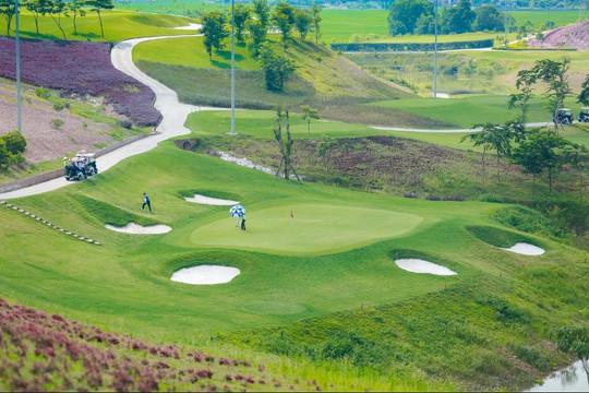 Bắc Giang mở cửa du lịch, sân golf cho khách vùng xanh