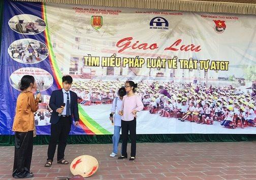 Thái Nguyên: Tuyên truyền ATGT cho học sinh trường THPT Sông Công