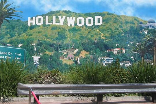 Hollywood đối mặt với cuộc đình công lớn nhất chưa từng có