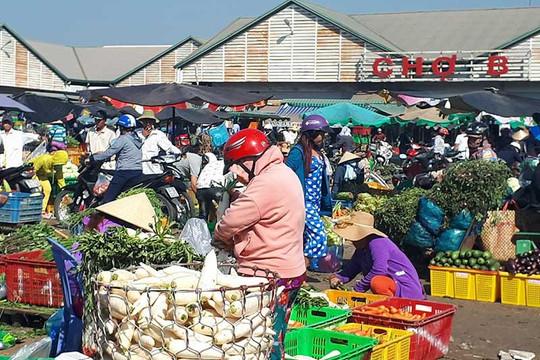 Hơn 30 chợ truyền thống tại TP.HCM hoạt động trở lại