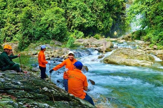 Quảng Bình tổ chức chương trình trọn gói cho khách du lịch từ vùng xanh, vùng vàng