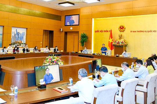 Quốc hội và Chính phủ rà soát, phối hợp thực hiện chính sách tài khóa và tiền tệ