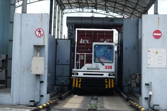 Hải quan Việt Nam: Nỗ lực tạo thuận lợi, hỗ trợ doanh nghiệp đảm bảo hoạt động xuất nhập khẩu thông suốt trong bối cảnh dịch Covid-19