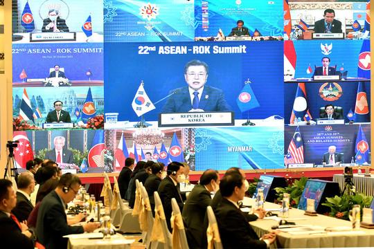 Thủ tướng Phạm Minh Chính kêu gọi Hàn Quốc hỗ trợ ASEAN chuyển đổi số
